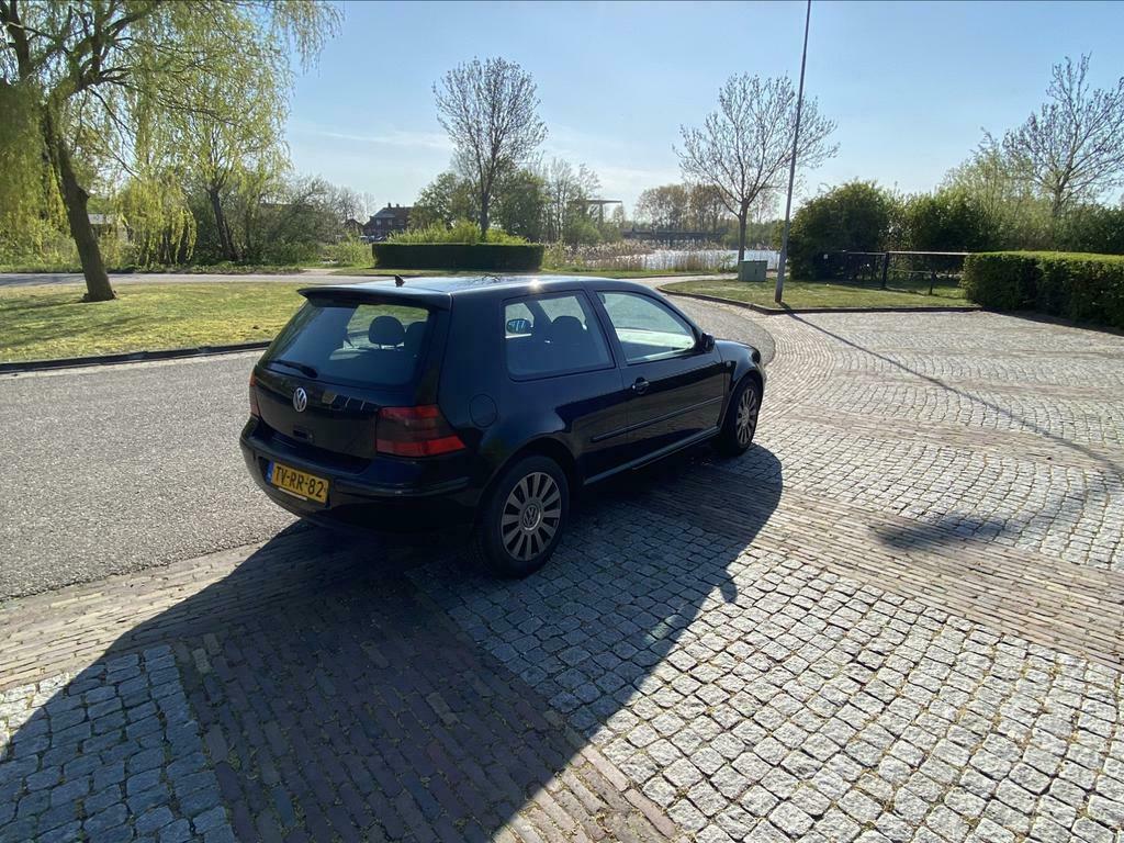 Volkswagen Golf 1.6 1998 Nieuwe apk