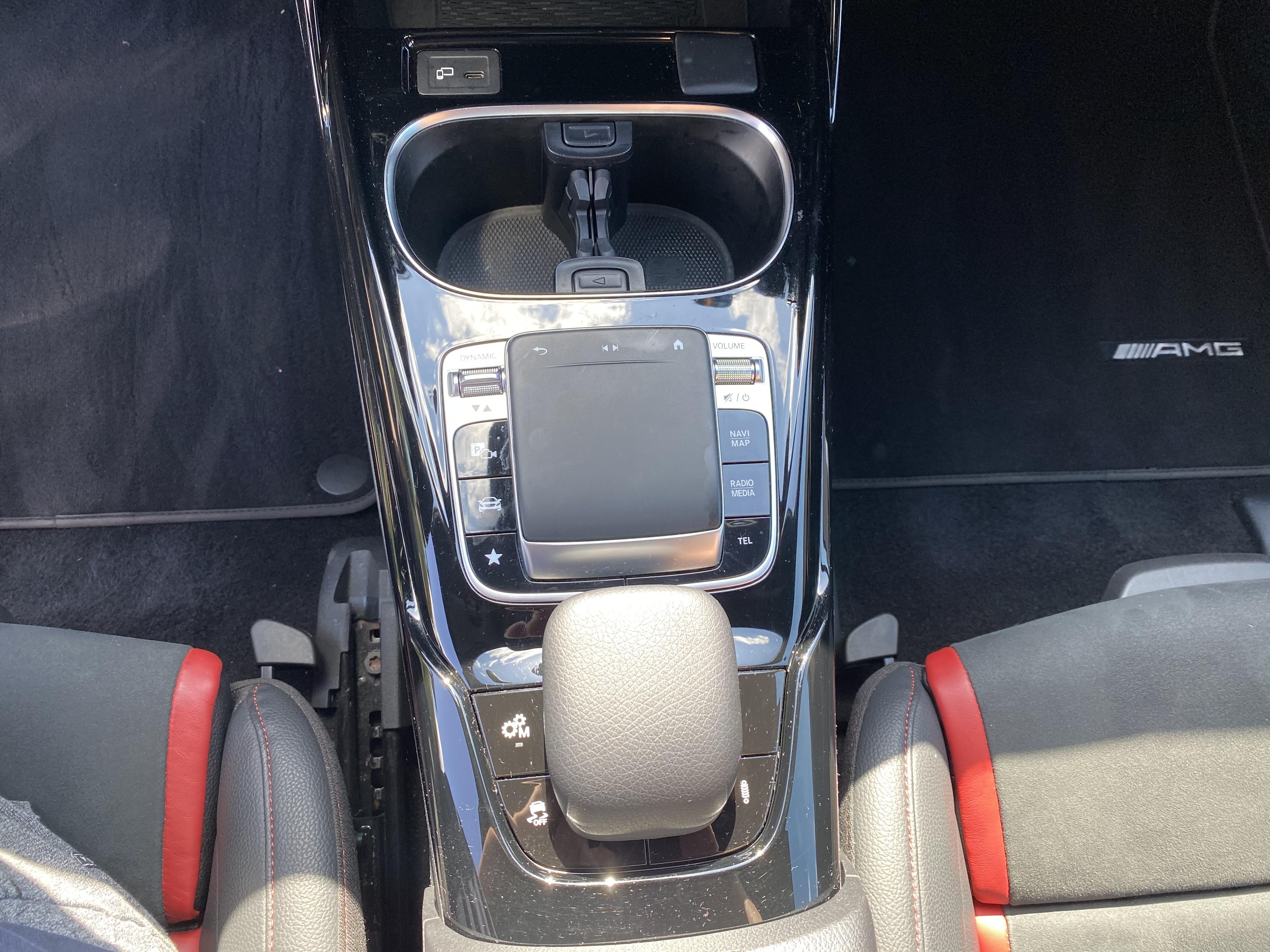 Mercedes A35 AMG  2019 4MATIC Performance-stoelen